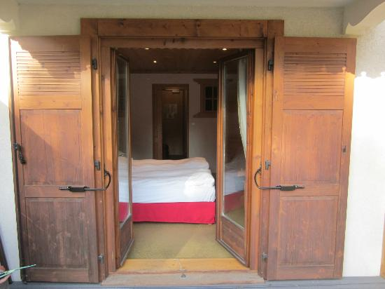 Hotel L'Oustalet: from porch in to bedroom