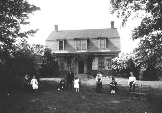 McCulloch House Museum & Genealogy Centre : McCulloch House circa 1890's