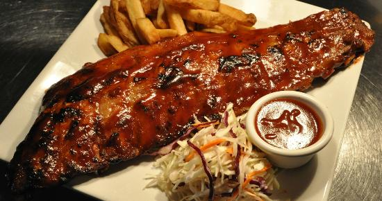 Casey's Grill Bar in Boucherville : Casey's Slow Roasted Back Ribs
