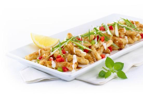 Casey's Grill Bar in Boucherville : Asian Calamari