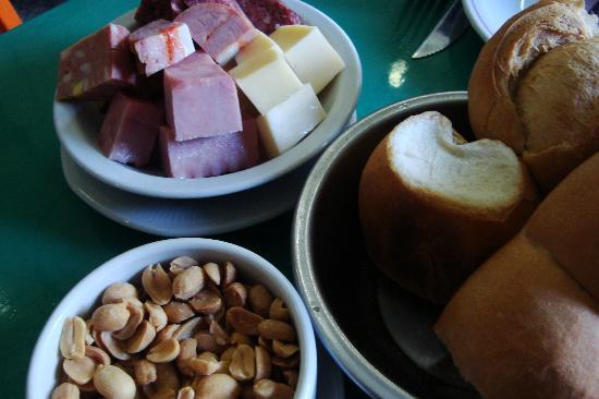 El Preferido de Palermo: Picados de embutidos e queijos para acompanhar a cervejinha!!