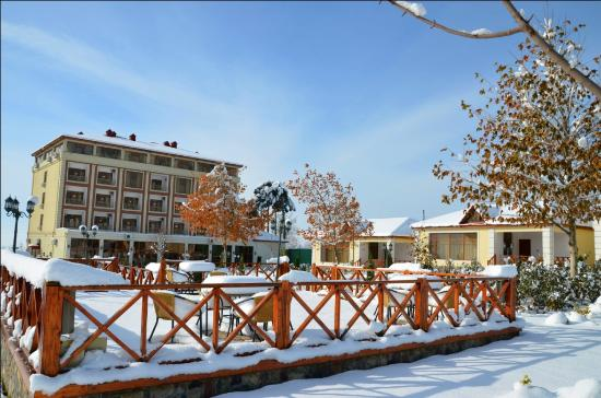 Oguz, Aserbaidschan: View of the hotel at winter season