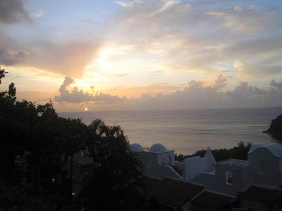 Windjammer Landing Villa Beach Resort: sunset from out room