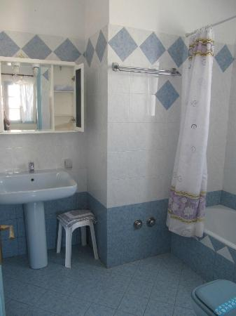 Old Town Pension: our second bathroom