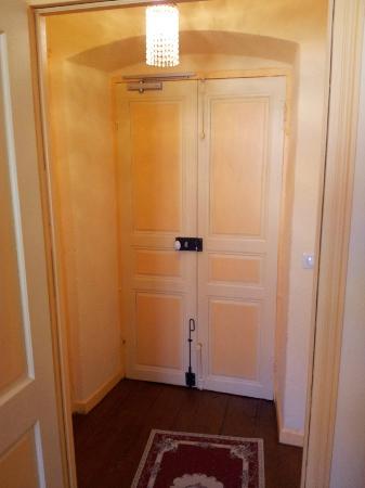 U Palazzu: porta camera