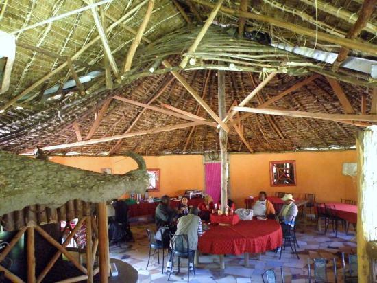 Mara Sidai Camp: comedor