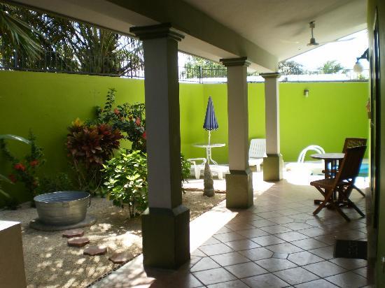 Los Alcatraces: Hallway to Bedroom #1