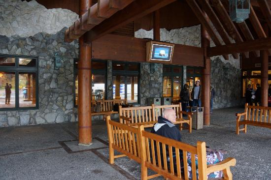 Mt. McKinley Princess Wilderness Lodge: Entrance to McKinley Princess Lodge