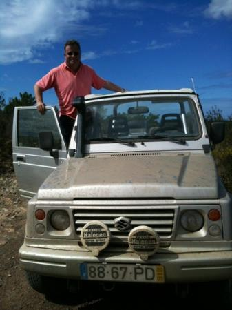 Algarve 4x4 Tour : stopped at the top for a look at the view