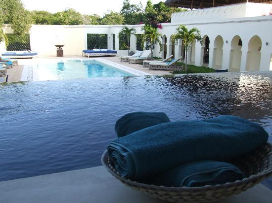 Al Hamra: Infinity pool