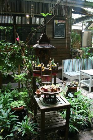Phranakorn-Nornlen Hotel: Casita de los espiritus del hotel
