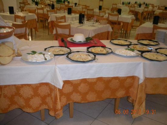I Melograni: sala ristorante