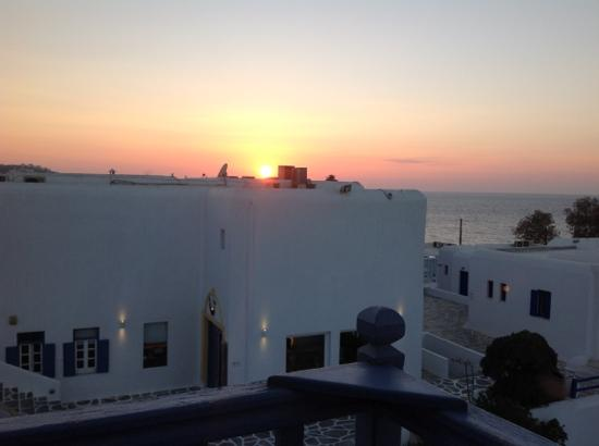 Poseidon Hotel - Suites : sunset from our room