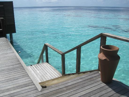 Lily Beach Resort & Spa: Our staircase into the sea...