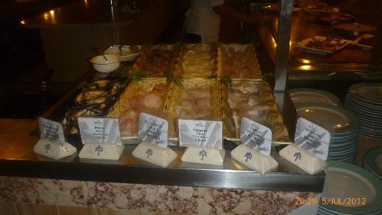 Paradisus Rio de Oro Resort & Spa: One of many selections on offer in the buffet restuarant