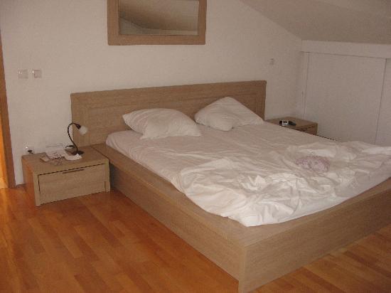 Captain's Villa Sokol: biggest bedroom