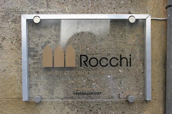 Palazzo Rocchi: Front Door Sign