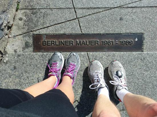 Mike's SightRunning Berlin: Feet at the former Berlin Wall