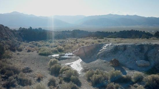 Travertine Hot Spring: Great Views