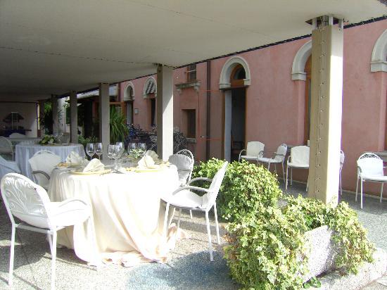 Hotel Villa Mabapa: Frühstück im Garten