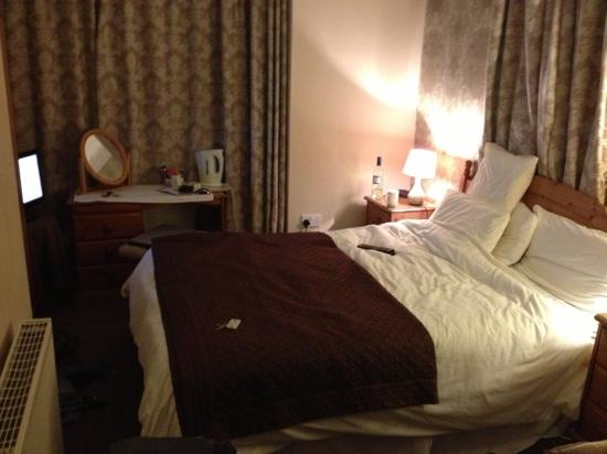The Crescent Guest House: room 4