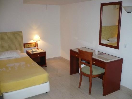 Mitsis La Vita Beach Hotel: room 702