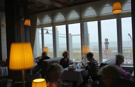 Auberge des Rois - Beach Hotel: Restaurant