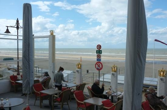 Auberge des Rois - Beach Hotel: Terrace