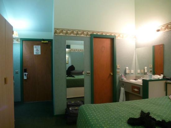Damons Hotel: Old fashioned decor