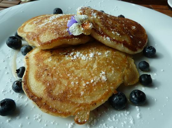 Kingsbrae Arms: breakfast