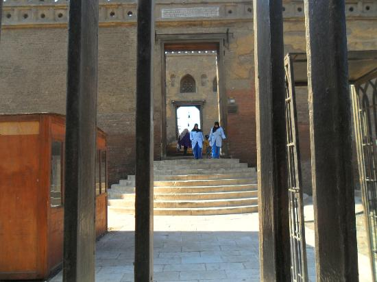 Mosque of Ibn Tulun: l'ingresso