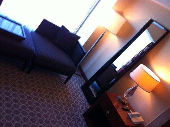 Hilton Boston Logan Airport: room