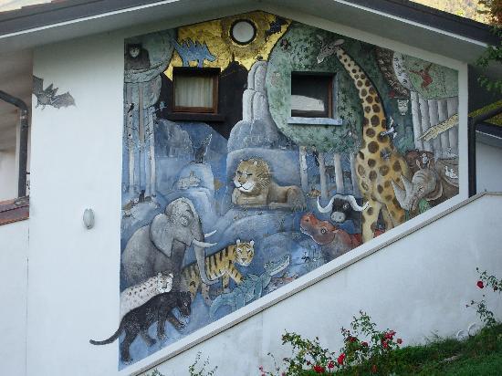 La Casa in Collina : Affresco di Jozef Wilkon