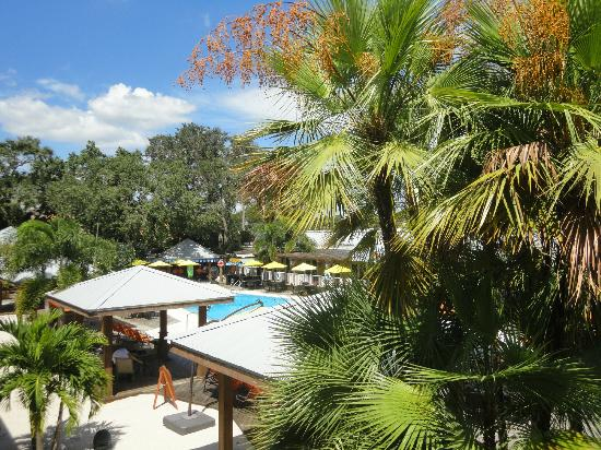 Bentley's Boutique Hotel, BW Premier Collection: View from balcony overlooking bar to Tiki Bar