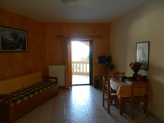 Hotel Apartments Gramvoussa Bay: salottino