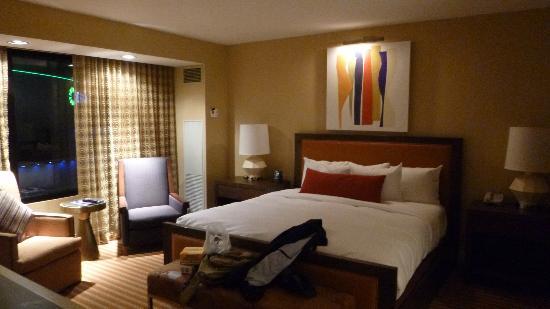 Hilton Omaha: letto