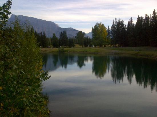 Cascade Ponds, Banff National Park, near Banff, orr AB-1