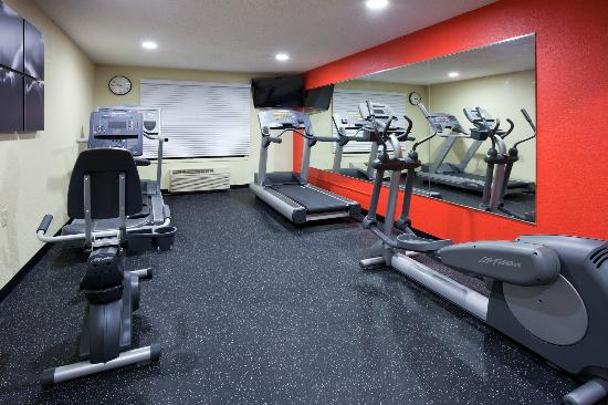 Country Inn & Suites By Carlson, Coon Rapids: Fitness Center