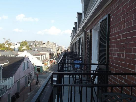 Four Points By Sheraton French Quarter: Balcony next to ours