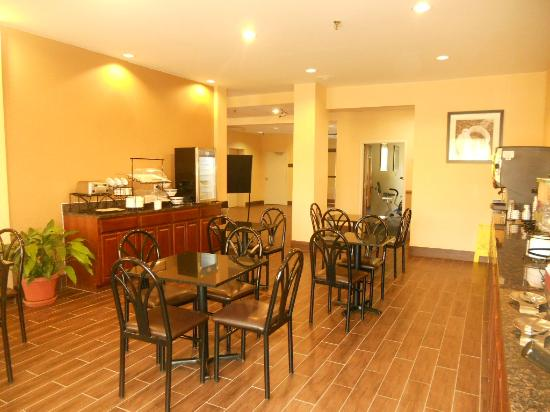 Comfort Inn Thomasville: Dining