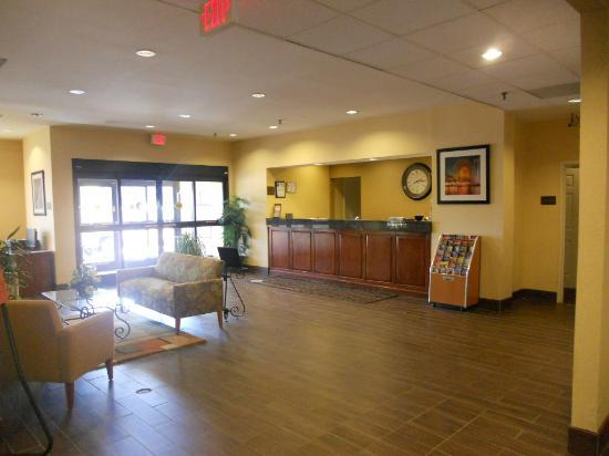 Comfort Inn Thomasville: Lobby