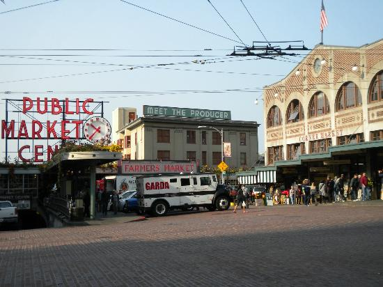 Pike Place Market Gourmet Food Tour
