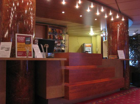 Hotel Restaurant De Nachtegaal: Lobby