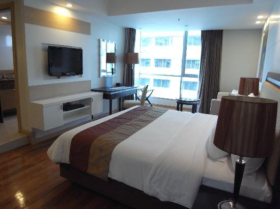 Adelphi Grande Bangkok by Compass Hospitality: 室内