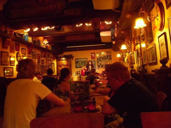Fat Harry's Pub: scorci vari