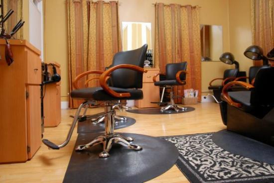 Baha Retreat Spa: Hair Services