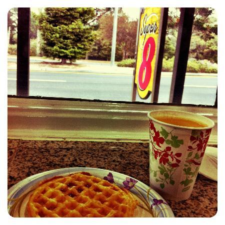Super 8 Monterey/Carmel: Café da manhã
