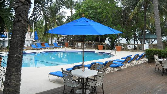 Banana Bay Resort - Key West: Nice pool & lounging area