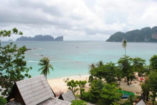 Phi Phi The Beach Resort : View from 2204