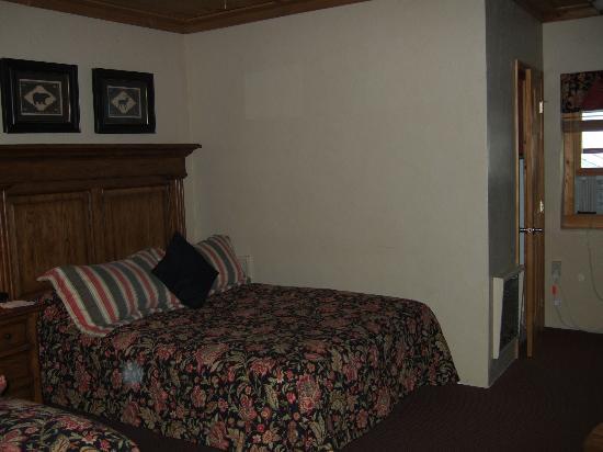 Ridgeway Inn : Bed